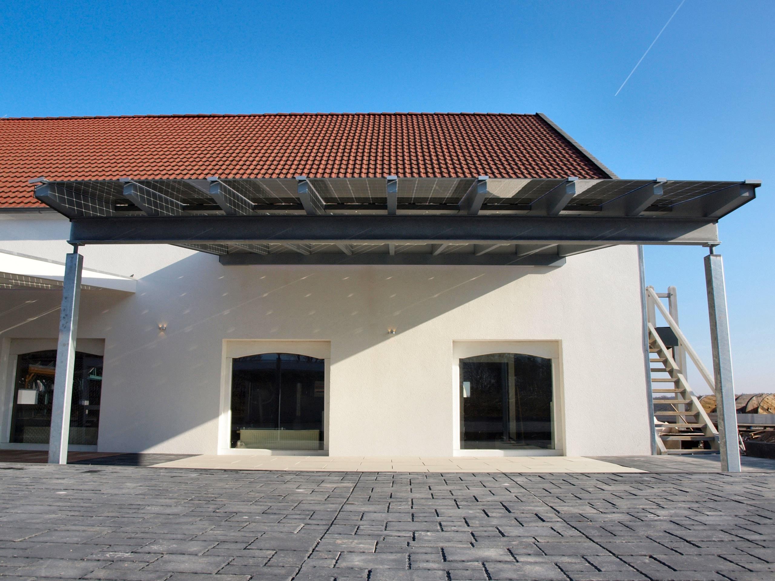 Solarterrasse solarcarport ab 0 aus holz alu oder for Barhocker holz stahl
